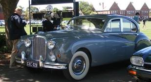 1958-Mark-8-Jaguar-thumb.jpg